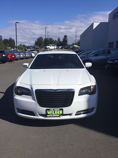 Pre-Owned 2014 Chrysler 300 4d Sedan S V6